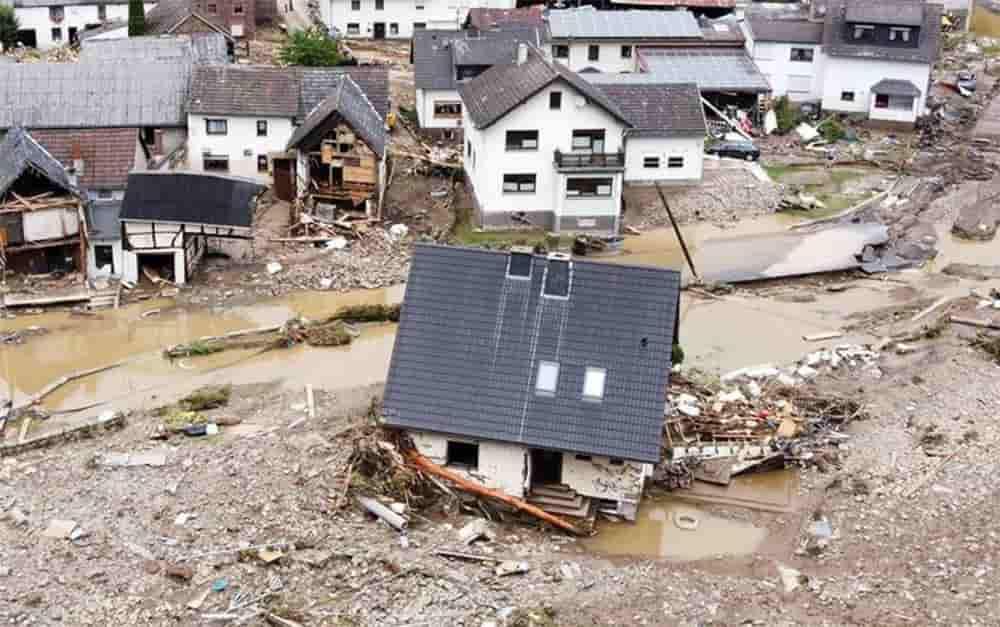 Βιβλικές καταστροφές σε Γερμανία, Ολλανδία, Βέλγιο και Λουξεμβούργο: Στους 67 οι νεκροί από τις πλημμύρες – Εικόνες σοκ